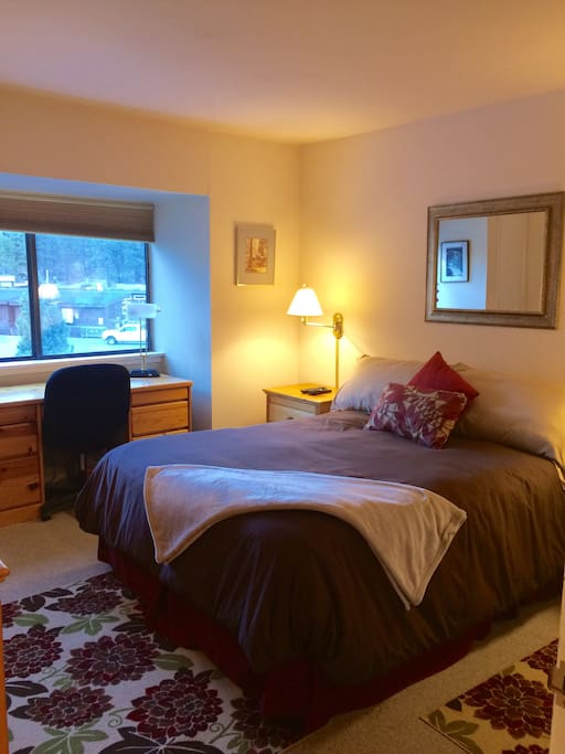 Squaw Valley Apartments For Rent