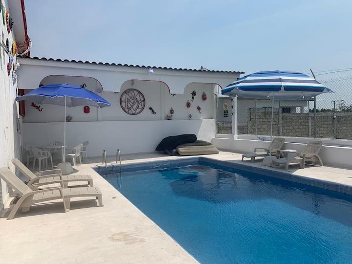 Preciosa casa recién remodelada de Fin de Semana.