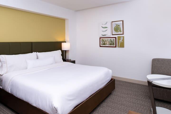 ✨ One Bedroom King Room