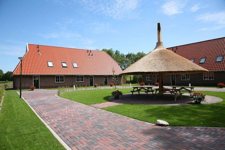Familieboerderij op Twents landgoed voor groepen.