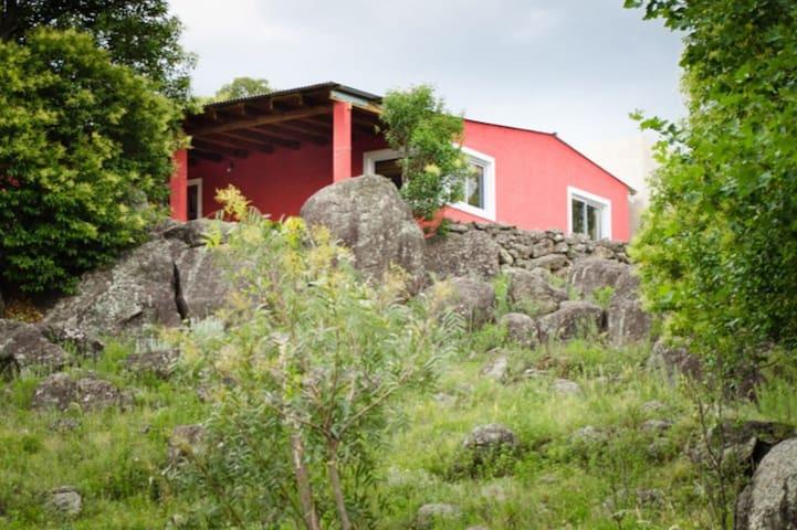 Casa en Atos Pampa con pileta, Pasionaria .