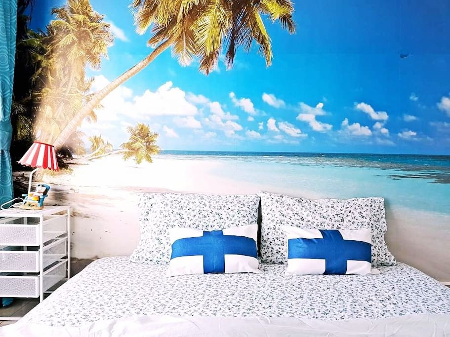 master room with beach view wall