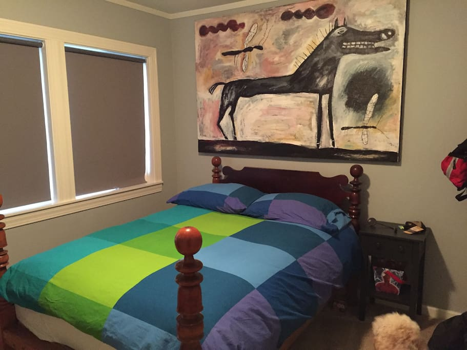 Double bed with available twin trundle