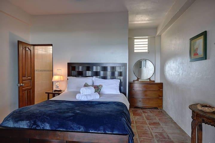 Bedroom 1 - en suite with shower