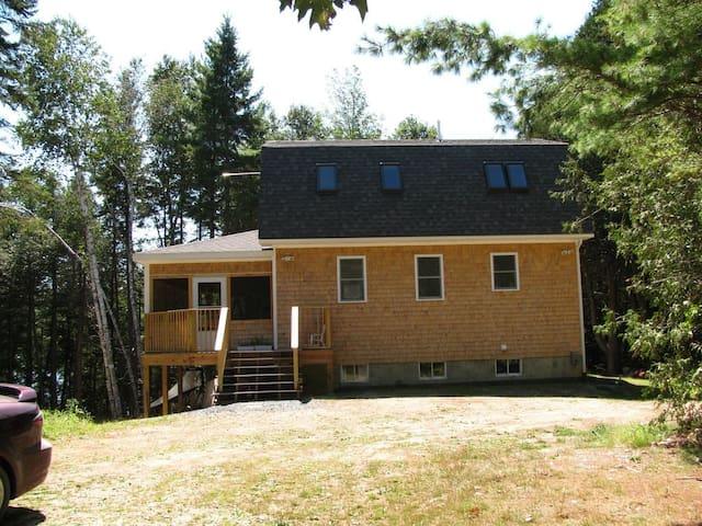 Maine Loon House
