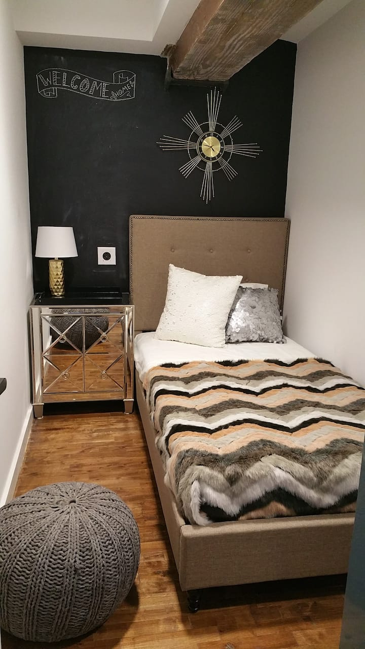 STYLISH, COZY BED TO REST YOUR WEARY HEAD!