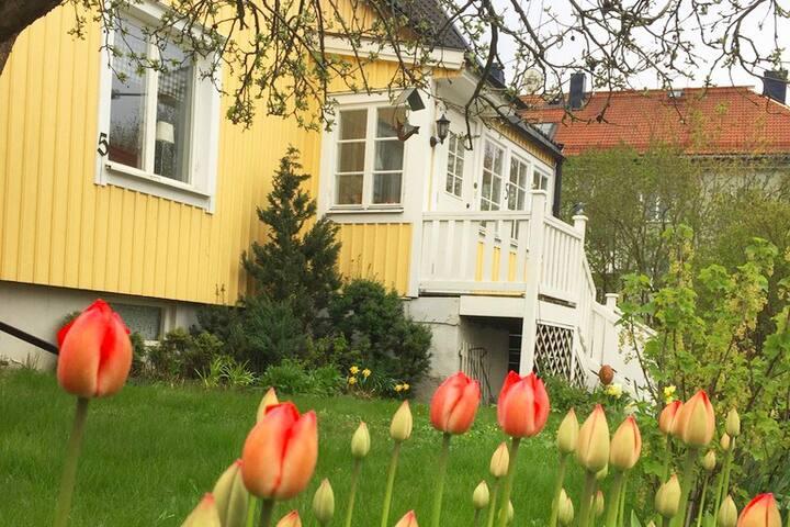Älvsjö Villa next to Stockholm Fair & City