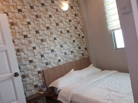 SWEETHOME温馨窝(368双人房 双人床+卫生间)提供免费早餐-订接机-预订跳岛游