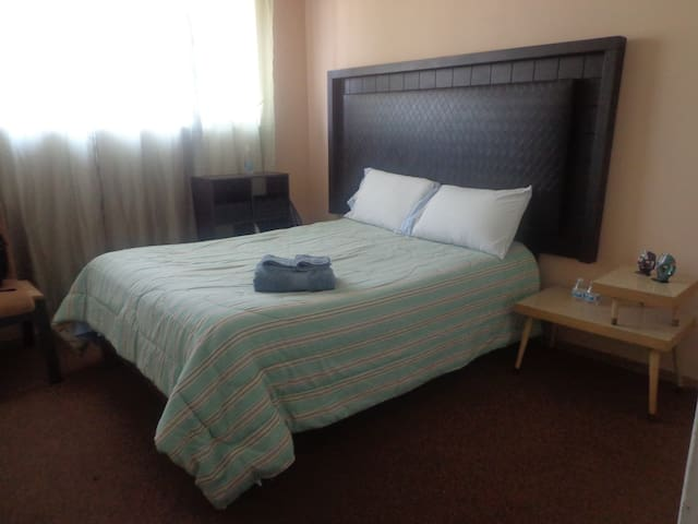 Cozy room, centrally located - Tijuana