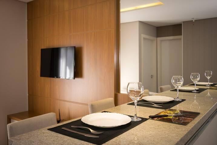 Apartamento central muito bem decorado (805)