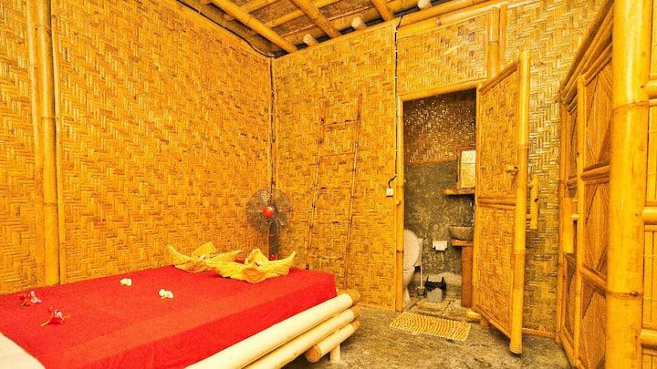 Rumah Kundun Bambu house