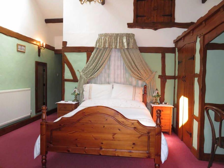 Double En-suite Family Room