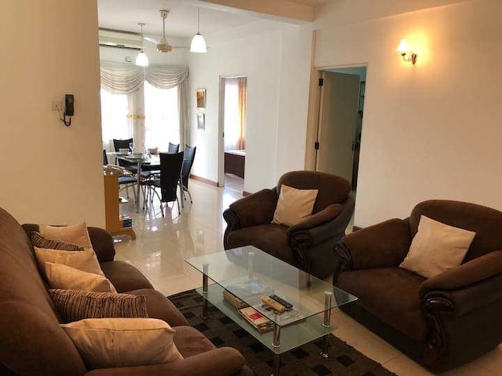 10th floor 3 Room Apartment with City View
