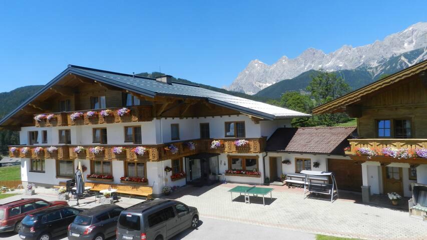 Double room in Ramsau am Dachstein, Blasbichlerhof - Ramsau am Dachstein - Bed & Breakfast