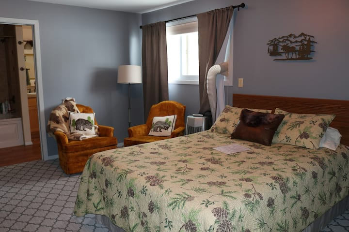 Moose Creek B&B Room 5