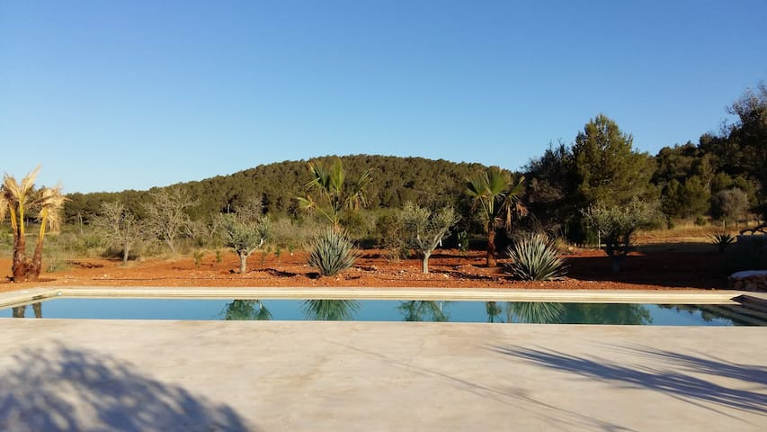 COUNTRYSIDE FINCA WITH POOL  IBIZA ,SAN MATEU - Ibiza