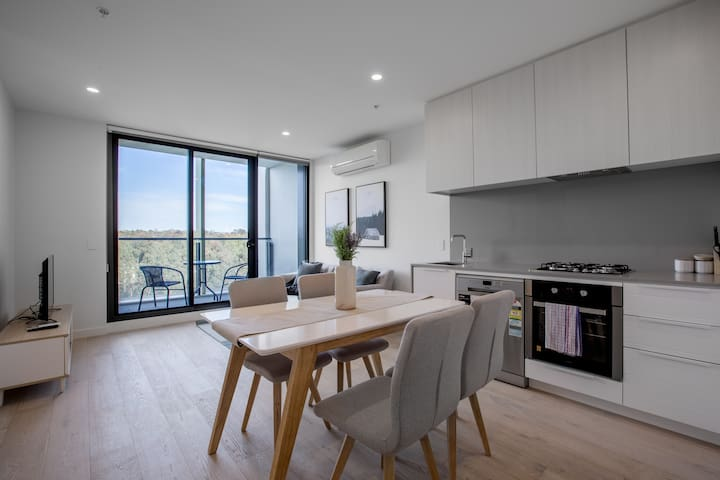 [Grey Style] Simple and Cozy Apt@Parkville+Carpark