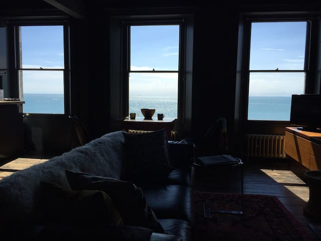 Eclectic decadance. And a breathtaking view. - Ramsgate - Appartement