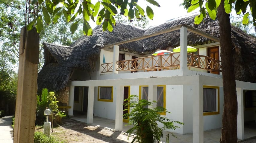 Peaceful apartment within a garden by the beach - Diani Beach - Apartament
