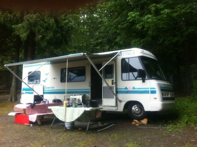 Rv in the Okanagan - Kelowna - Camper/RV