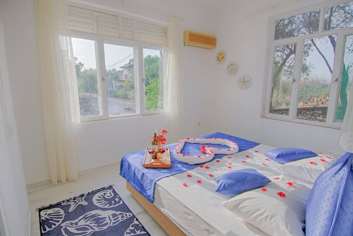 Ana Yatak Odası / Master Bedroom