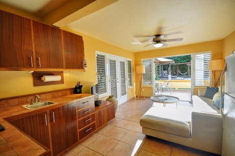 At The Waves - Ocean Front Villa 1 bed/1 bath unit