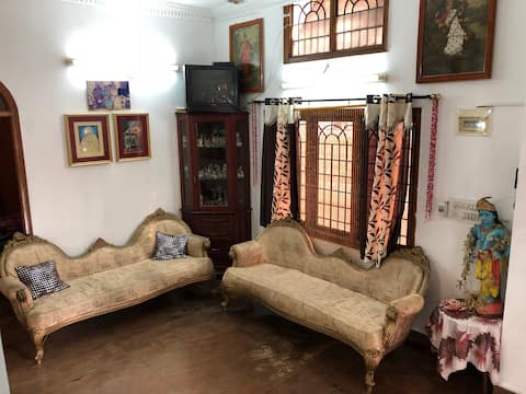 Mehera guest room