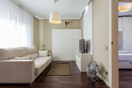 Apartment for couples and professionals - Lägenhet