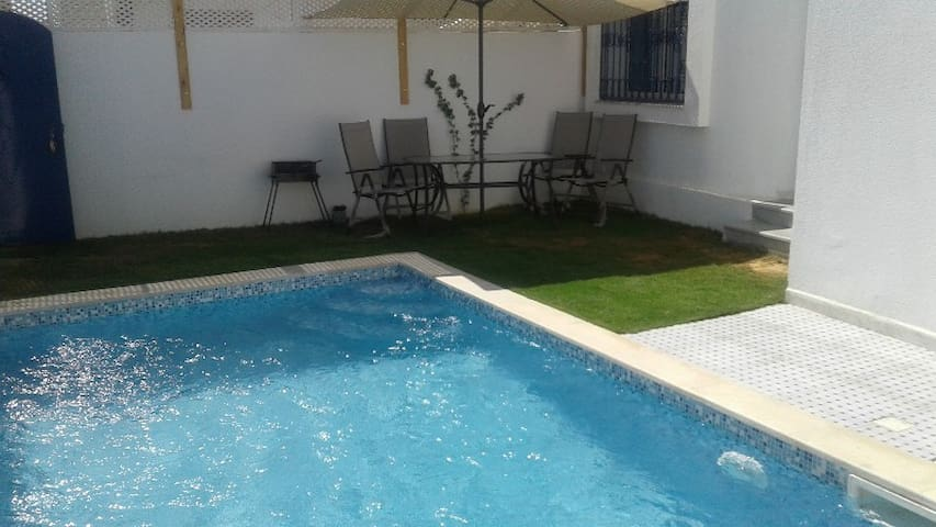 Charming single storey villa with swimming pool - Djerba Midun - House