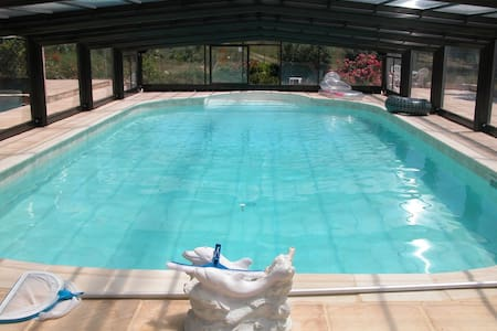 pool house piscine privée couverte - Baudinard-sur-Verdon
