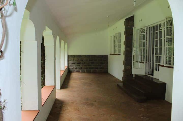 marvelous two bedroom house to let in karen