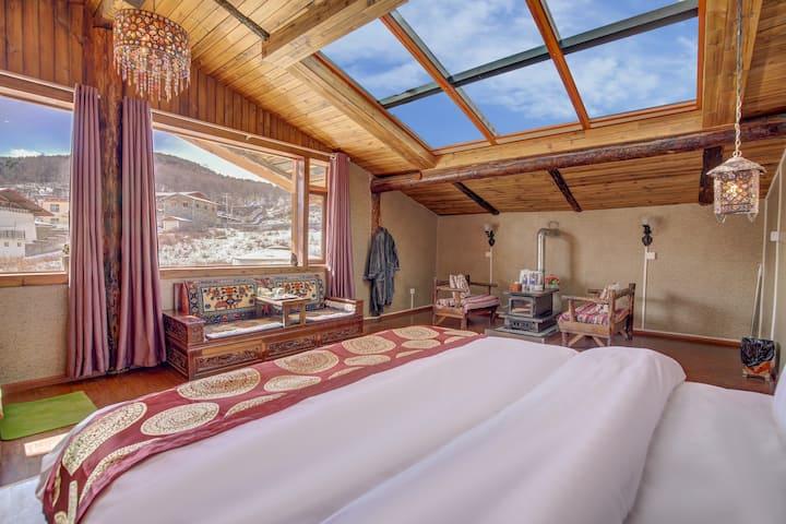 香格里拉,独克宗古城,纯藏式星空浴缸大床房,入住免费接机接站,旅行攻略,繁星点点,超级浪漫