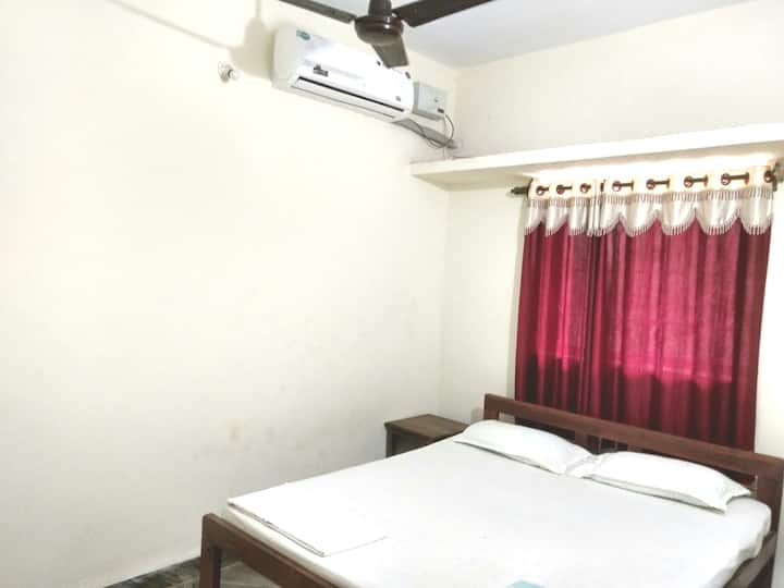 1 bedroom AC apartment with kitchen & Wifi