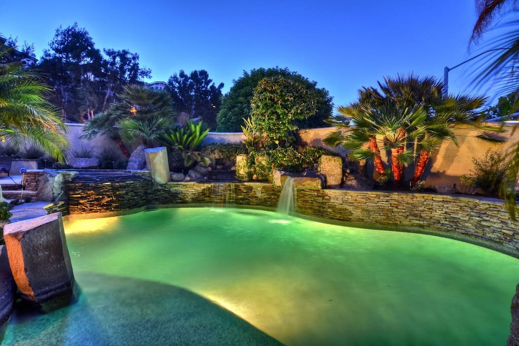 End your day with a nice dip in the beautifully landscaped pool and spa.