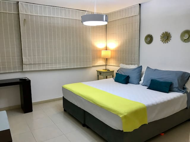 2 Single or King Size Bed Room at Costa del Este