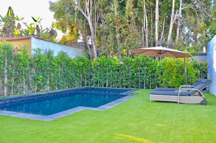 Beverly Hills/WEHO Modern 4BD Heated Pool&Jacuzzi