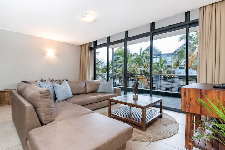 Deluxe Apartment, 3 Bedroom, Canal View