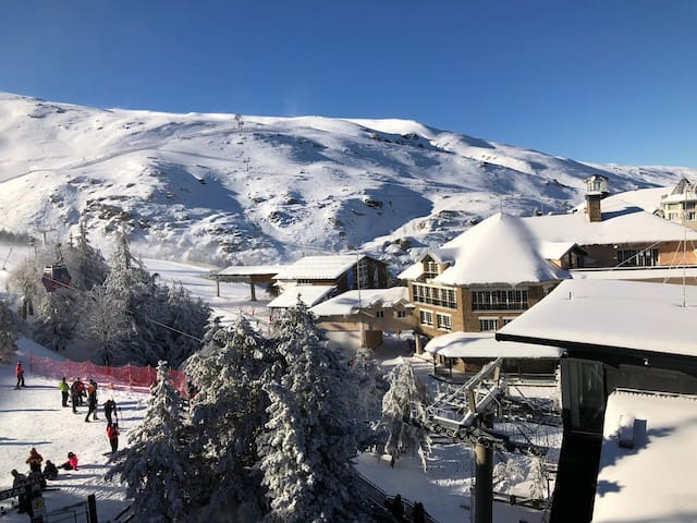 Best location possible just front Ski-Lifts