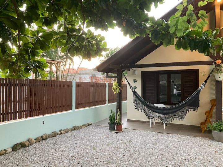 Mini casa , Árvore e uma Rede f3