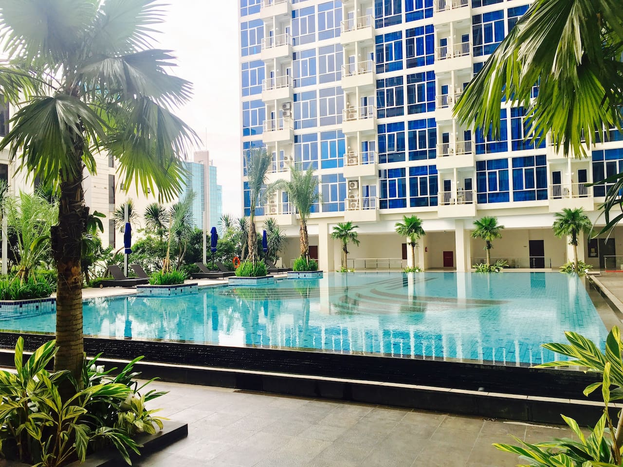 Capitol Park Residence. New apartment with 5 stars resort facilities