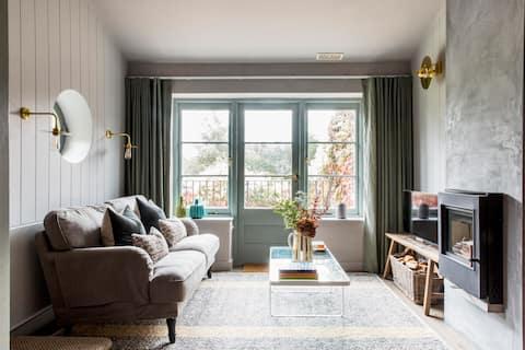 The Loft House, a stylish retreat near Bath