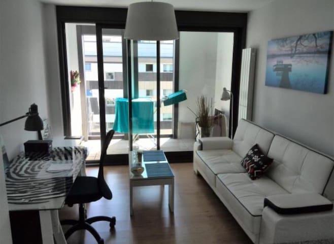 Estudio con garaje, piscina y gimnasio - A Coruña - Huoneisto