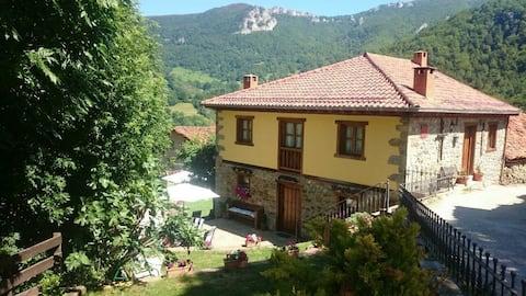 Apto Rural dúplex/4 pax en Picos de Europa,Potes