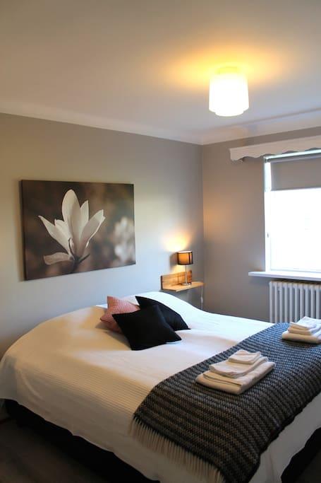 Room #002