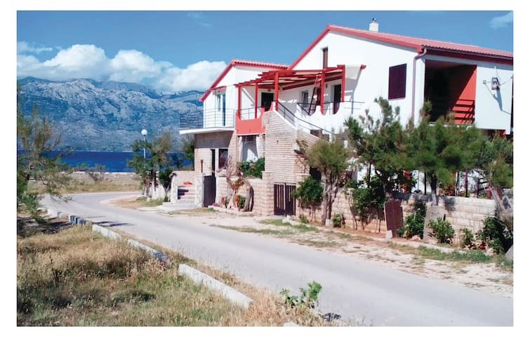 Holiday apartment with 1 bedroom on 30 m² in Razanac