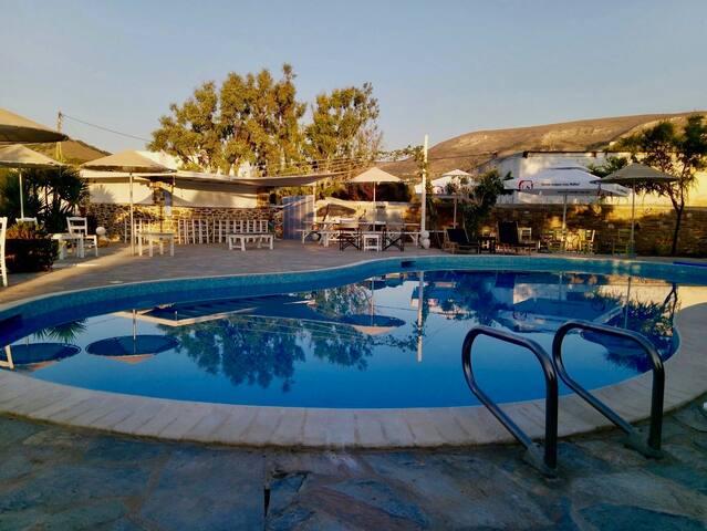 B&B Onira with pool, next to the beach