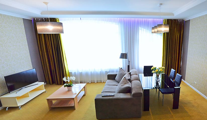 comfortable hotel room in 850 meters from the sea - โอเดสซา - เซอร์วิสอพาร์ทเมนท์