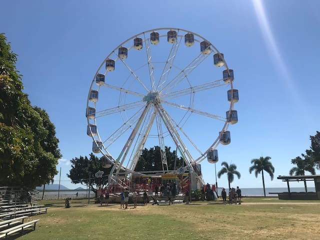 Enjoy the spectacular views on board the NEW Reef Eye Ferris wheel - 35m high with 360 degree views in a rotating gondola. Located just across the road from your Studio Room!