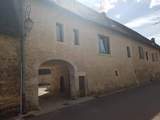 Maison 6P. à quelques pas du Montrachet