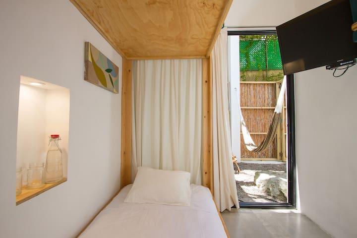 SHELBYS- habitación para 3 personas en Mazatlán
